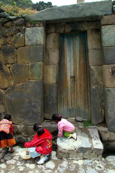 Ollantaytambo_doorway_Stevage