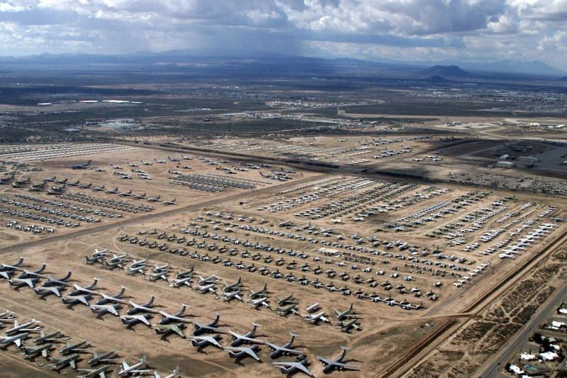 Кладбище военных самолетов. Ресурсы потраченные в никуда.