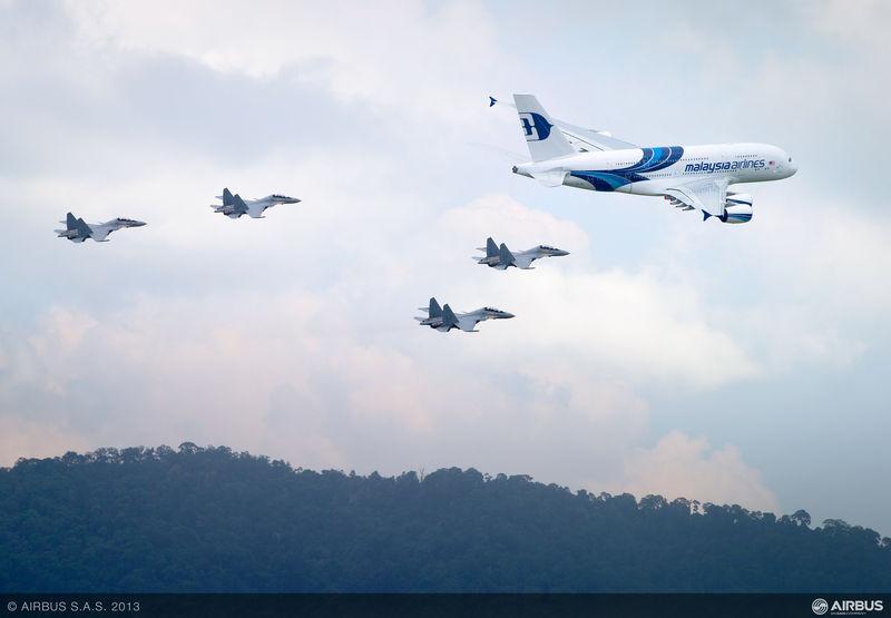 A380+4Су-30