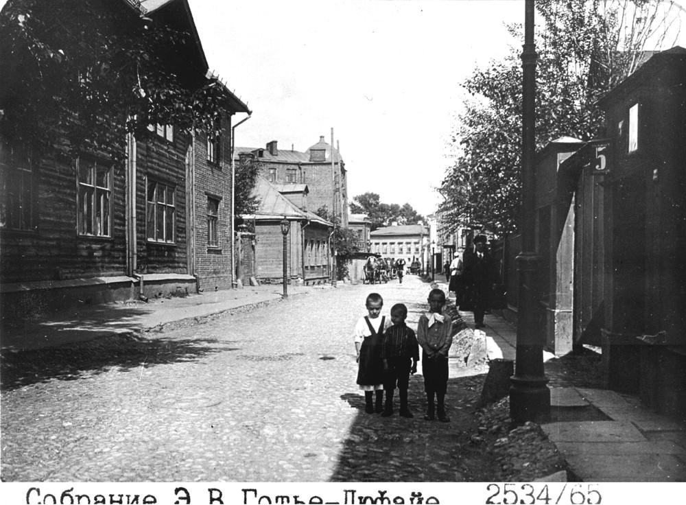 16476 4-й Ростовский переулок