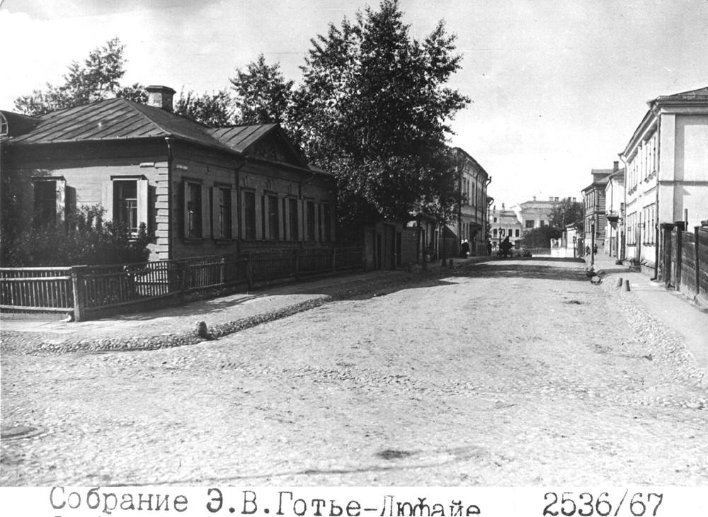 16639 Вид из 2-го Ростовского переулка