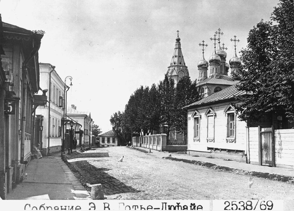 16697 6-й Ростовский переулок. Церковь Благовещения Божией Матери на Бережках