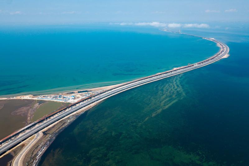 Виталий Тимкив специально для Новой газеты. Вид на Керченский мост с кубанской стороны