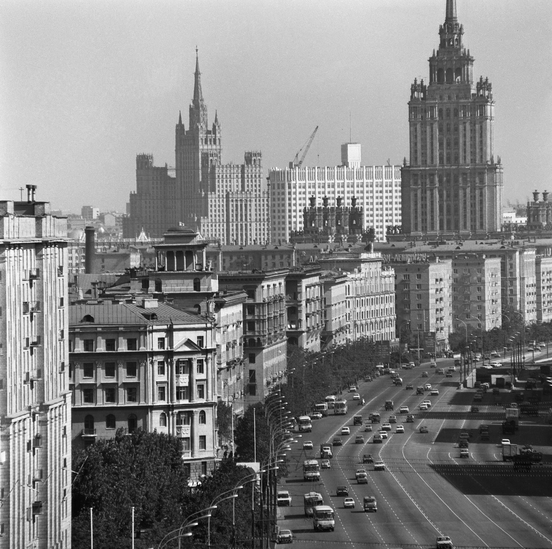776483 Кутузовский проспект Виктор Кошевой кон.70-х
