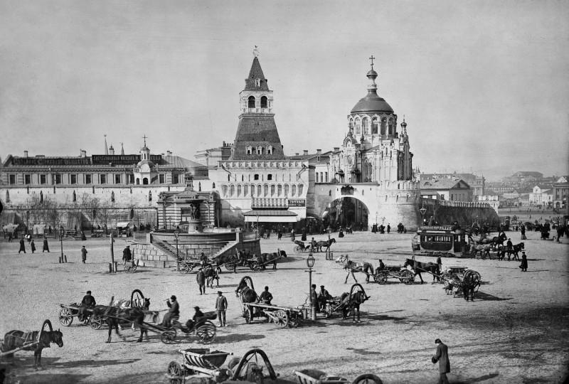 780242 Владимирские ворота П. П. Павлов 1895