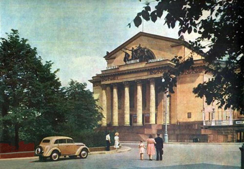 71817 Театр имени Моссовета (Дворец культуры МЭЛЗ, «Дворец на Яузе») (1952)