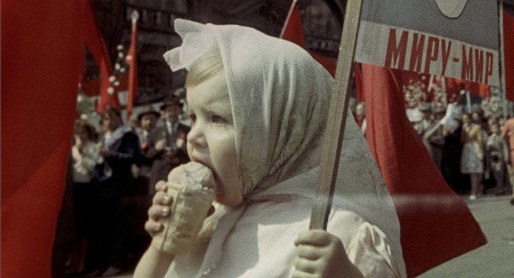 lietuviski-ledai-skatina-sovietu-propaganda