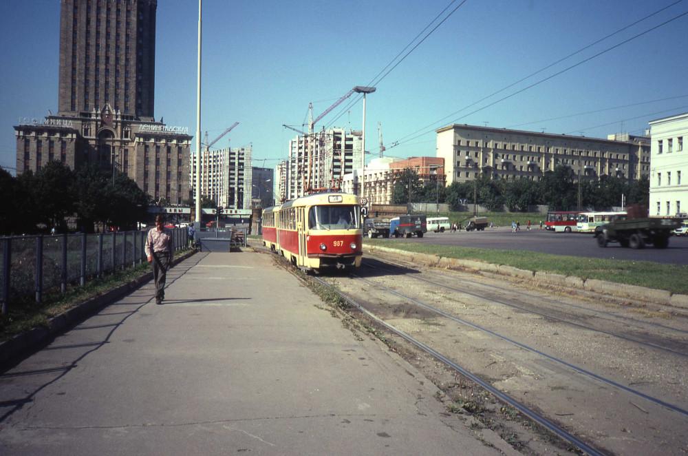 783199 Комсомольская площадь 82