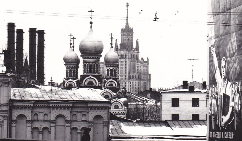 От съезда к съезду или Московские вертикали