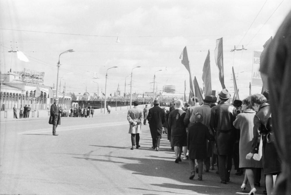 425817 Первомайская демонстрация. 1966 Владимир Гринберг