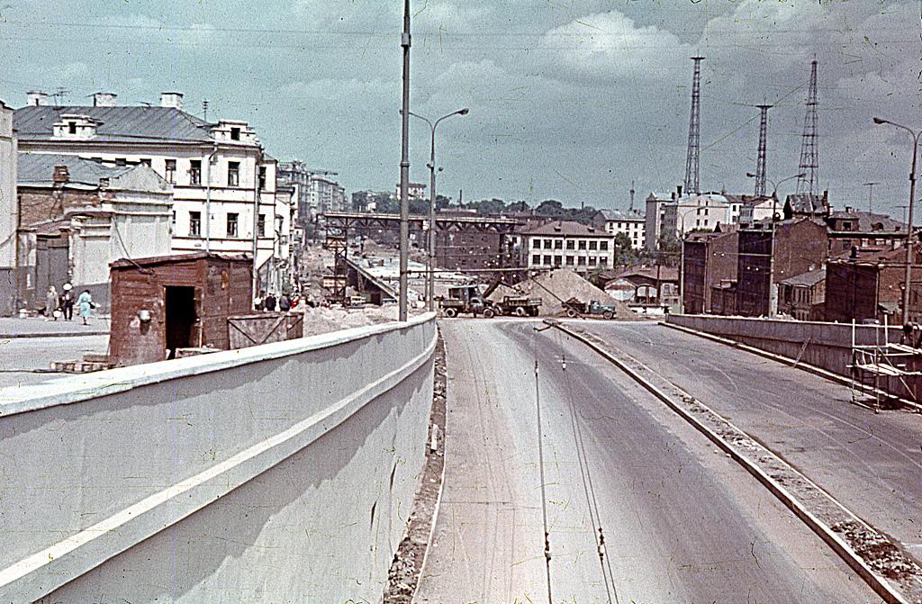 787032 Строительство эстакады над Ульяновской улицей Виктор Александрович Чемерис 63