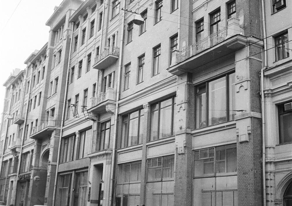 150972 Пушкинская ул. дом № 9 нач. 80-х И.Нагайцев