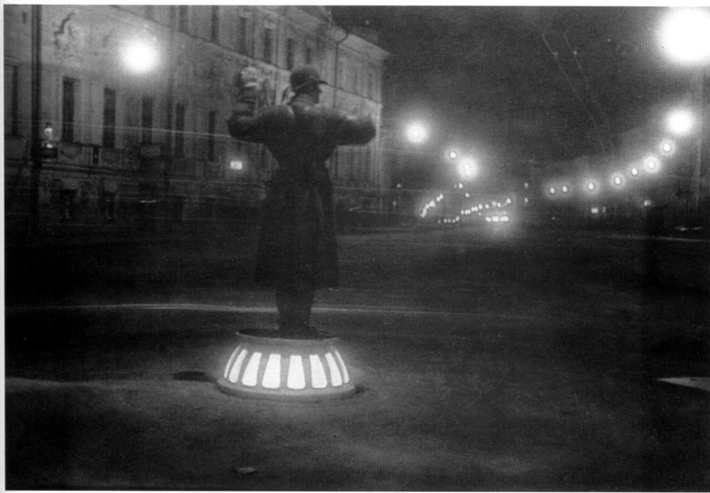 102676 Регулировщик уличного движения на Воздвиженке