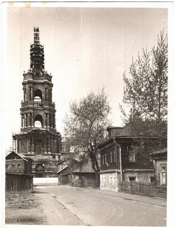 262324 Вид на колокольню Новоспасского монастыря 65 Фомин Г.В.
