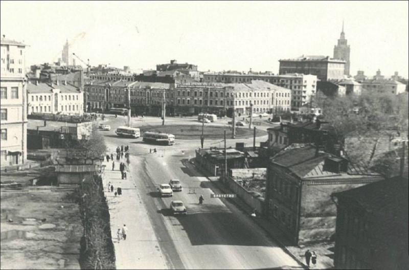 820651 Улица 1905 года