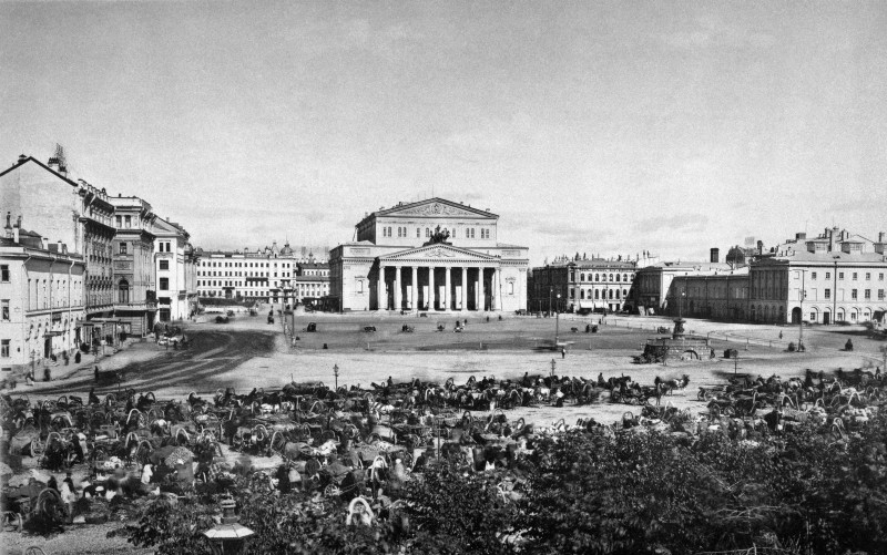 Театральная площадь в конце XIX века