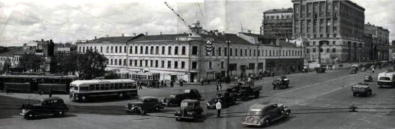 1947 Е. Умнов