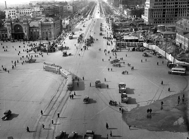 877572 Площадь Белорусского вокзала и Ленинградский проспект