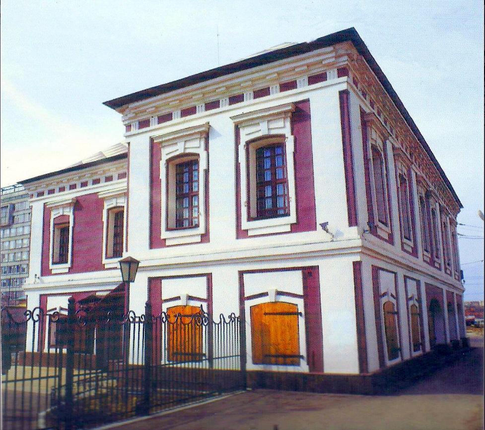 7. Бакунинская улица. Палаты Щербакова. 1995