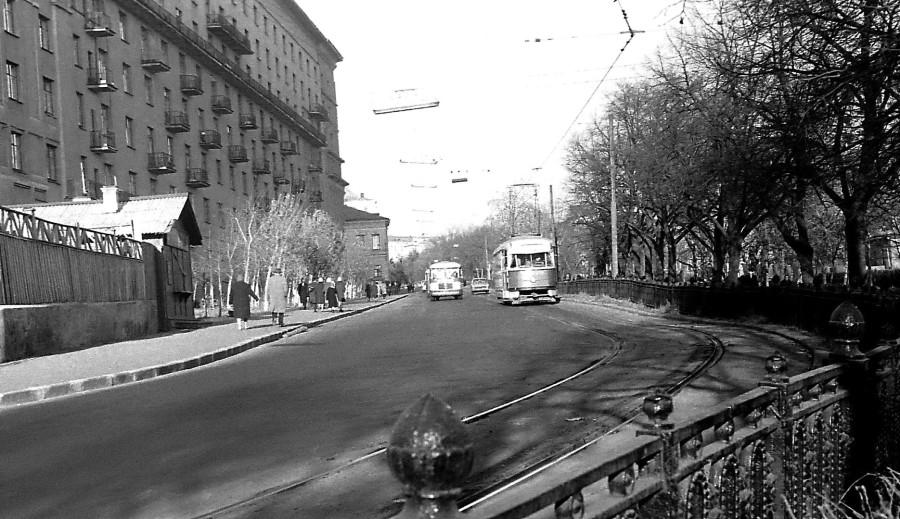 275653 Яузский бульвар В.Мелихов 67.