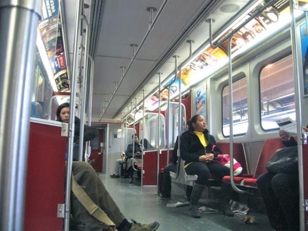 15. В вагоне метро