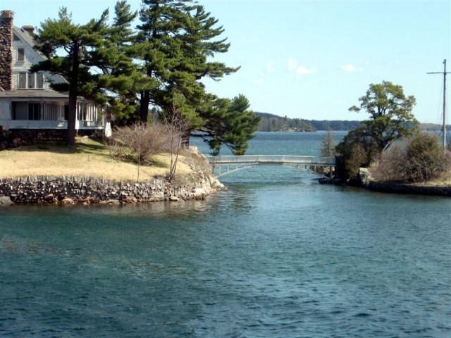 Zavicon island
