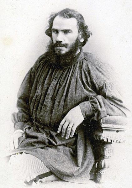 Как Лев Толстой либералов презирал
