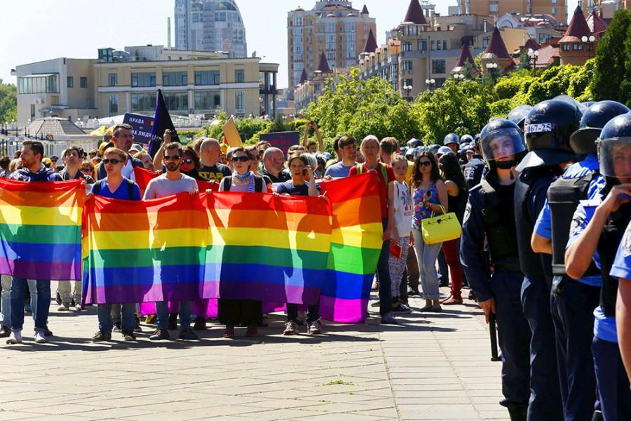 Гей-парады. Для чего?