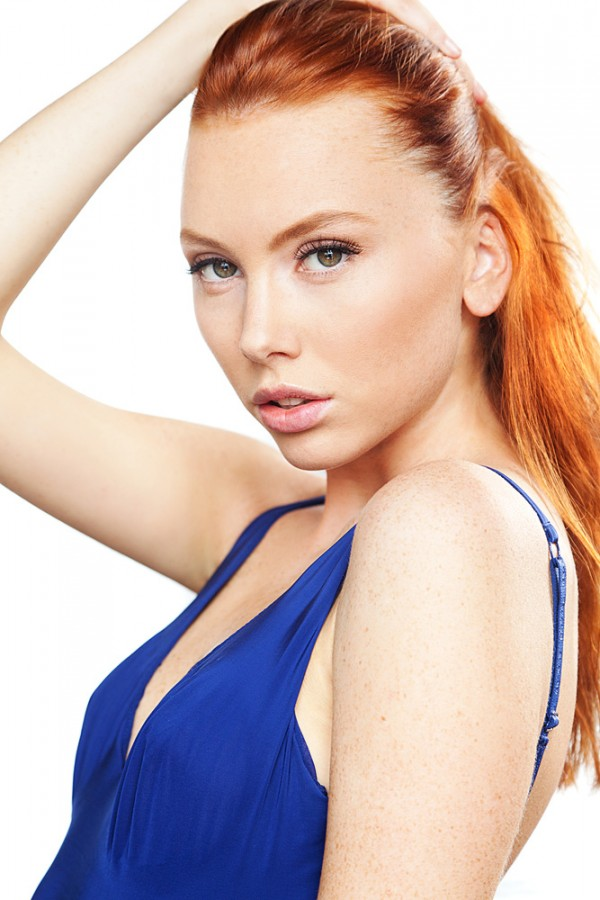Саша Дубровская