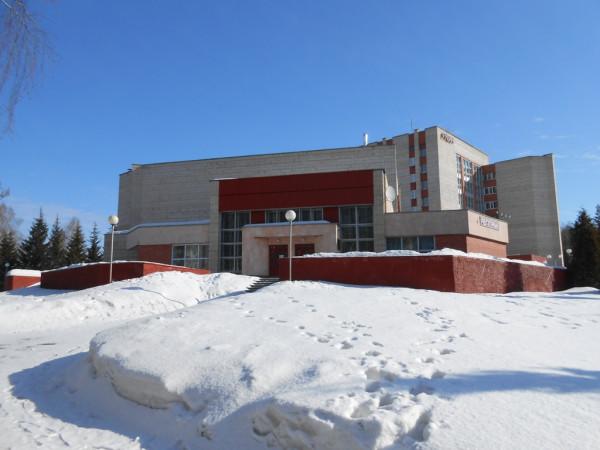 DSCN1736-Здание