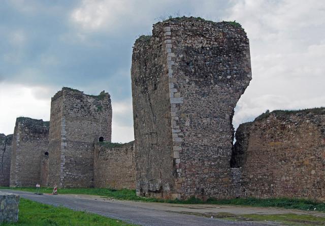 Смедрево. Крепостные башни