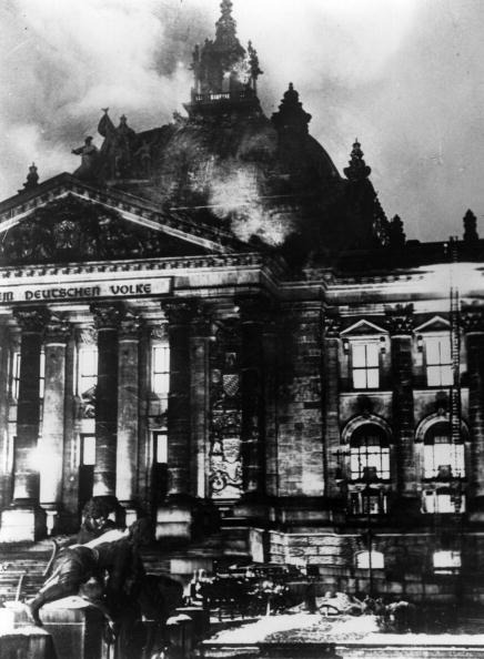 Reichstag in flames-1
