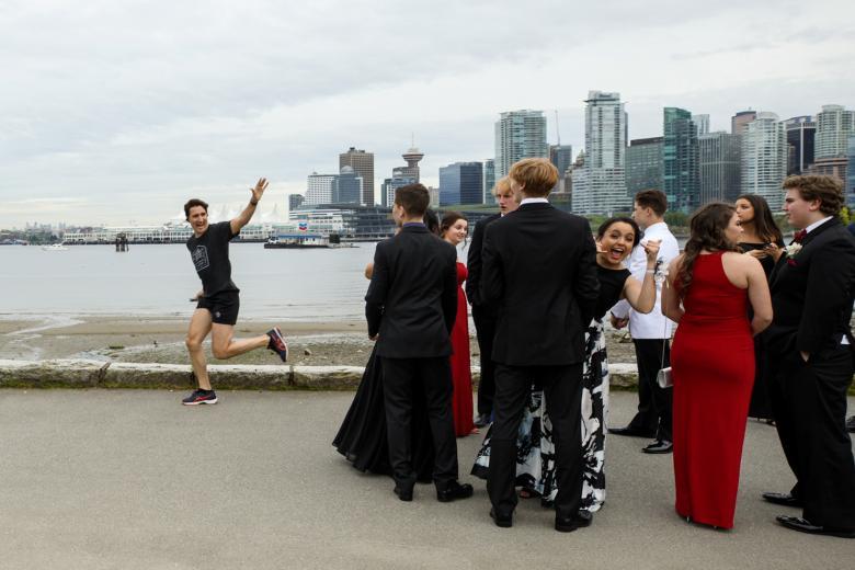 Trudeau jogging