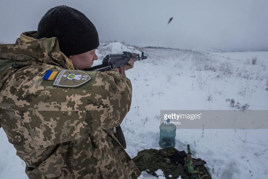 О саморазрушении Украины без помощи России