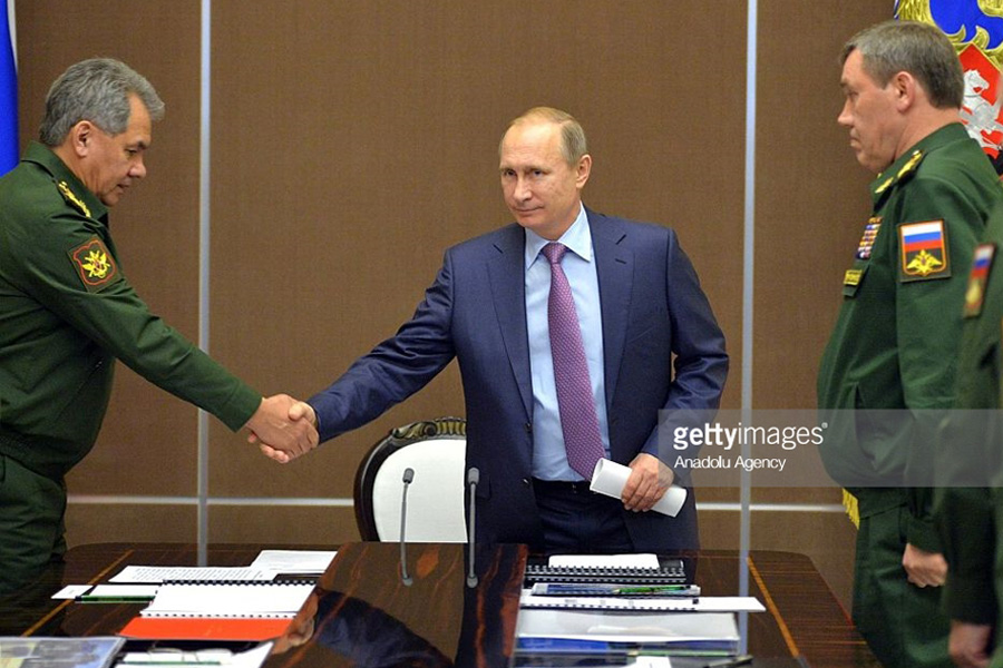 Putin-Armed-Forces