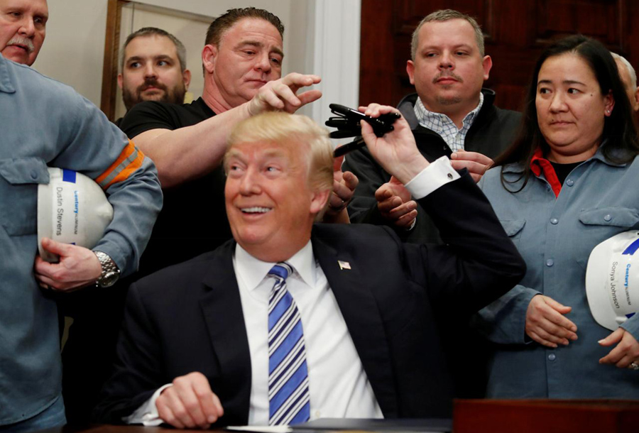 Trump-Sign-Steel-Tariffs