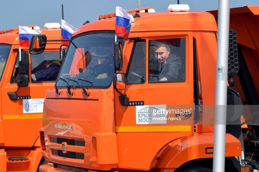 Putin-Crimea-Bridge