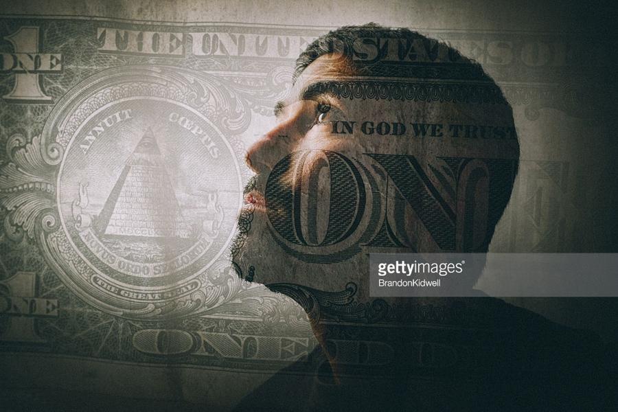 О полной конфискации долларов у россиян Dollar-Man