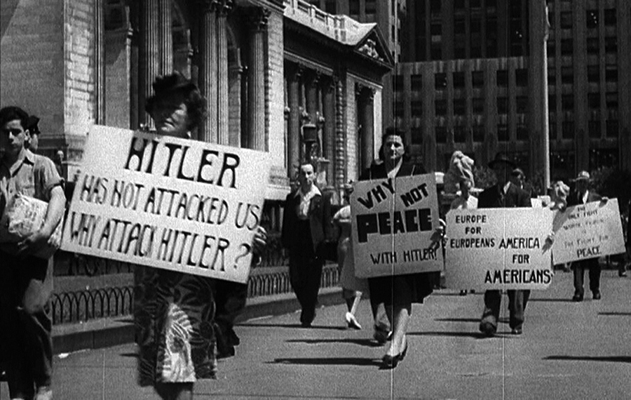 NYC-Hitler-Demonstrators-2
