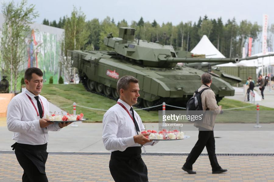 Armata-2018-11