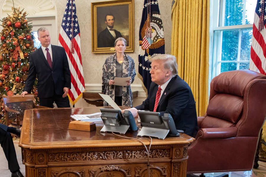 Trump-Oval