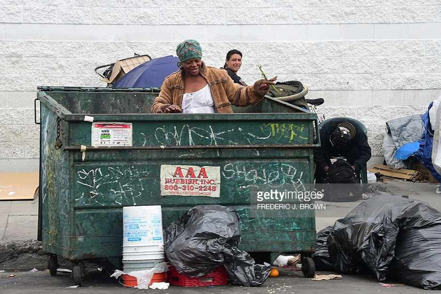 US-Homeless-Garbage