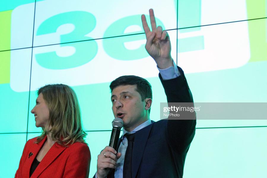 О том, как Украина косплеит и копирует Россию Ze!