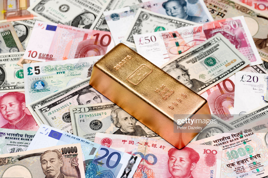 Gold and banknotes