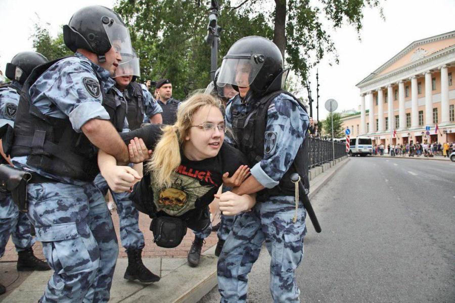 Golunov-March-Police