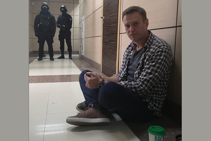 О жути с Навальным Nav-Seat