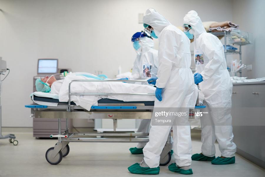 О том, как в России скрывают смерти от коронавируса hospital gurney