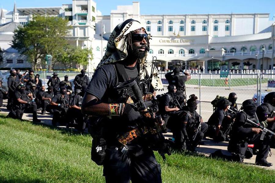 О шокирующей выходке чернокожих не-расистов NFAC