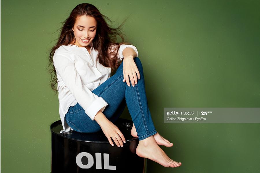 Oil-Girl