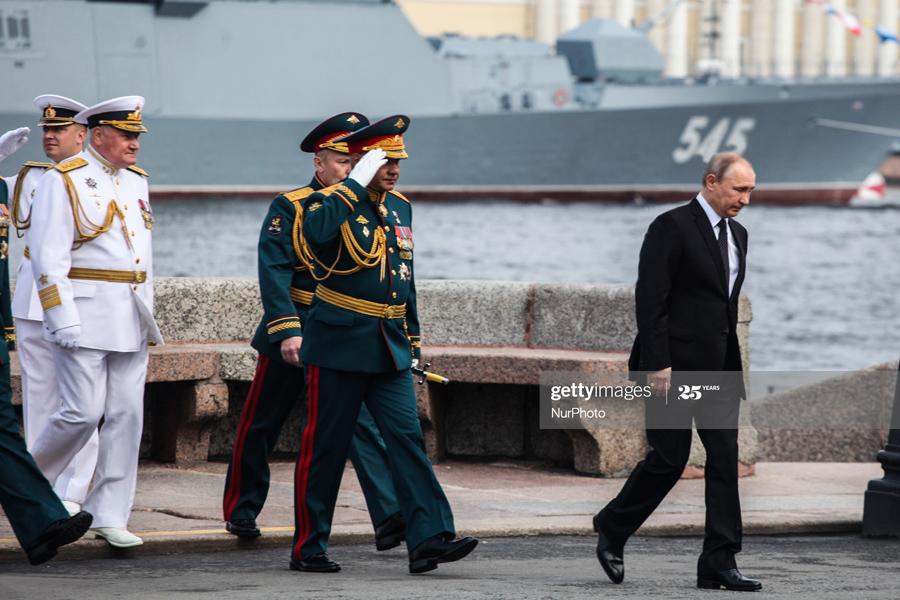 Putin-Parade-2